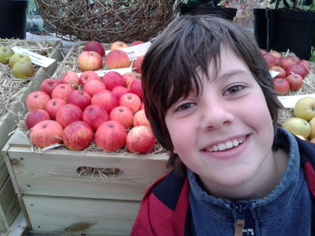 George buying apples